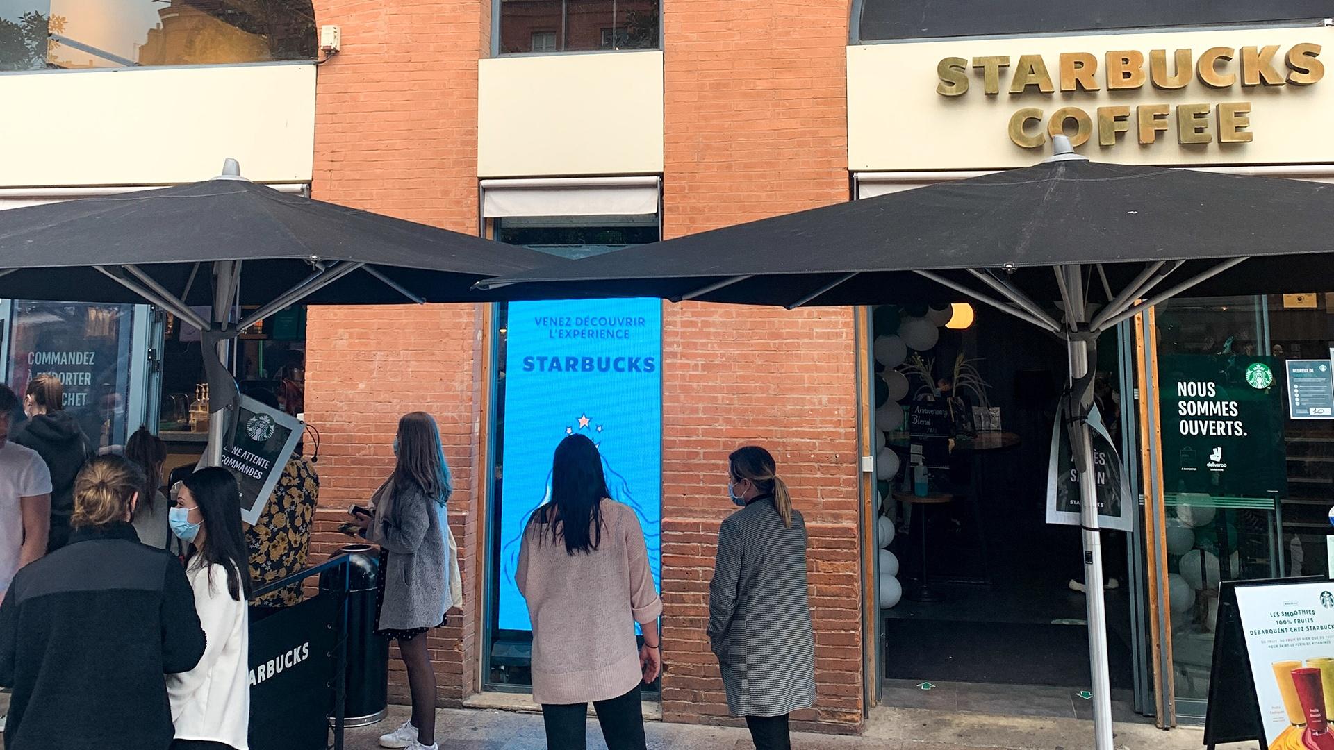 screenfit media produit indoor classico starbucks
